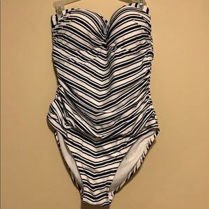NWT STRIPED ONE PIECE WITH BACK CUTOUT
